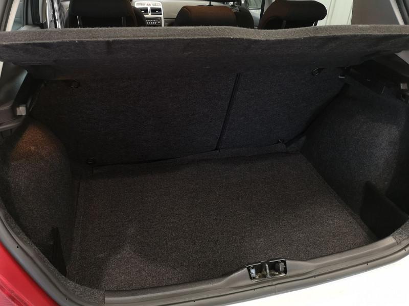 Photo 12 de l'offre de PEUGEOT 307 1.6 16V STYLE 5P à 4490€ chez Auto VEC