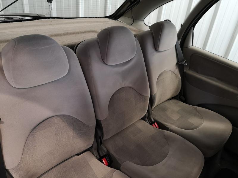 Photo 11 de l'offre de CITROEN PICASSO 1.6 95CH PACK à 3990€ chez Auto VEC