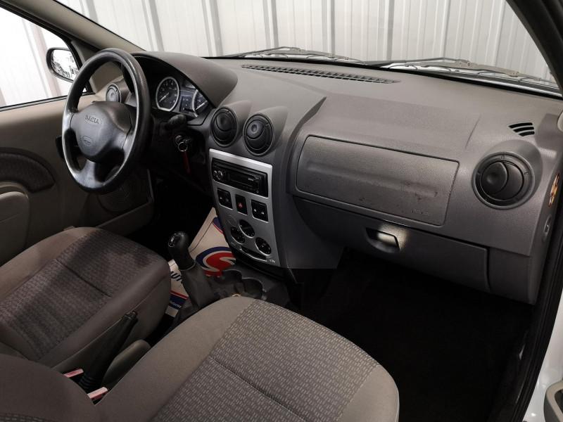 Photo 5 de l'offre de DACIA LOGAN 1.5 DCI 70CH LAUREATE à 4490€ chez Auto VEC