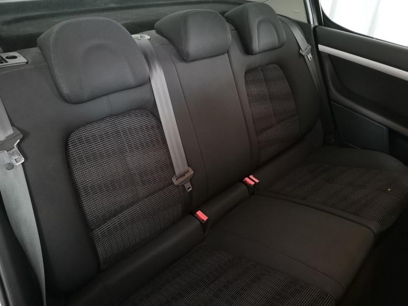 Photo 7 de l'offre de PEUGEOT 407 1.6 HDI110 NAVTEQ FAP à 3990€ chez Auto VEC