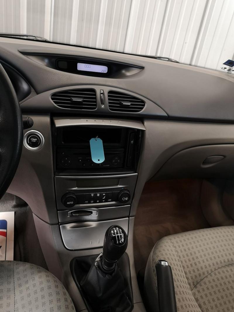 Photo 8 de l'offre de RENAULT LAGUNA II 1.9 DCI 120CH EXPRESSION à 4990€ chez Auto VEC