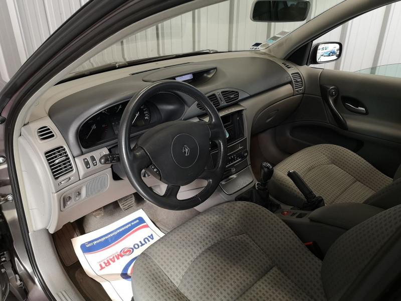 Photo 5 de l'offre de RENAULT LAGUNA II 1.9 DCI 120CH EXPRESSION à 4990€ chez Auto VEC