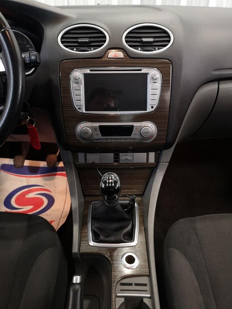 Photo 10 de l'offre de FORD FOCUS 1.8 TDCI 115CH GHIA 5P à 5490€ chez Auto VEC