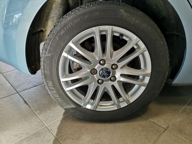 Photo 17 de l'offre de FORD FOCUS 1.8 TDCI 115CH GHIA 5P à 5490€ chez Auto VEC