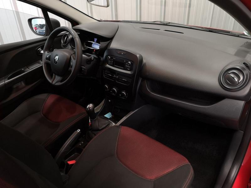 Photo 5 de l'offre de RENAULT CLIO IV ESTATE 1.5 DCI 75CH AUTHENTIQUE ECO² à 8990€ chez Auto VEC