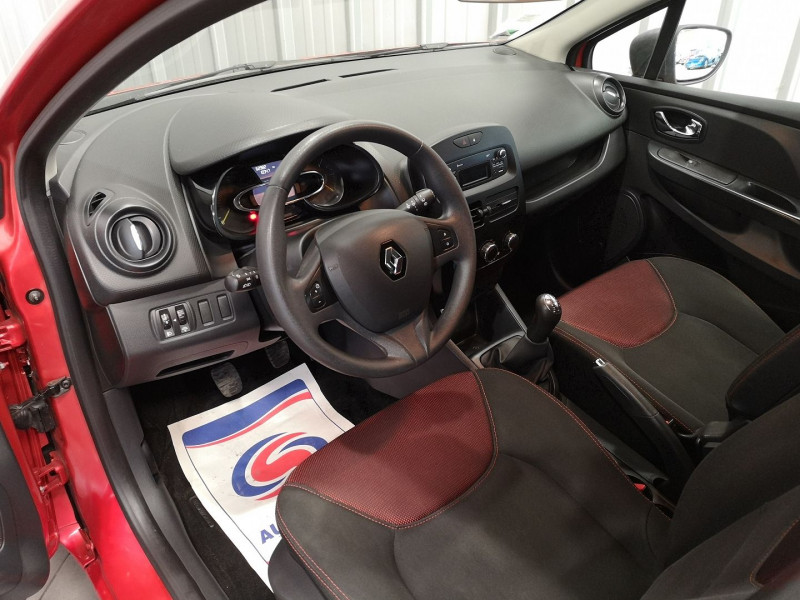 Photo 6 de l'offre de RENAULT CLIO IV ESTATE 1.5 DCI 75CH AUTHENTIQUE ECO² à 8990€ chez Auto VEC