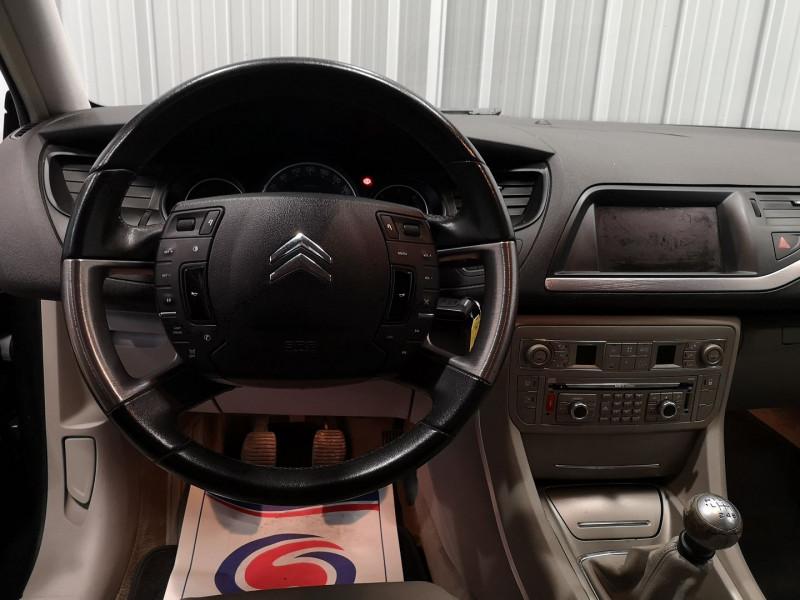 Photo 8 de l'offre de CITROEN C5 2.0 HDI138 FAP EXCLUSIVE à 3990€ chez Auto VEC