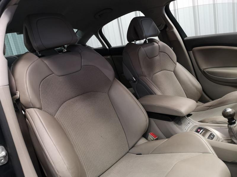 Photo 11 de l'offre de CITROEN C5 2.0 HDI138 FAP EXCLUSIVE à 3990€ chez Auto VEC