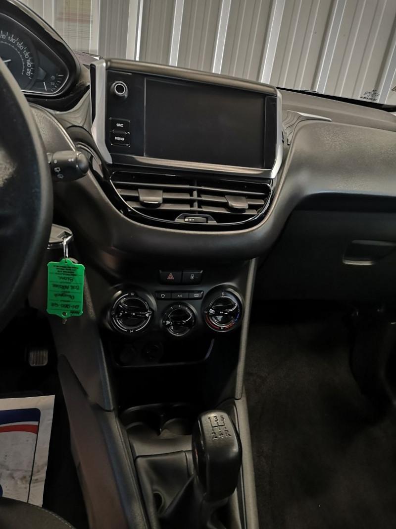 Photo 9 de l'offre de PEUGEOT 208 AFFAIRE 1.6 BLUEHDI 75CH PREMIUM PACK à 7990€ chez Auto VEC