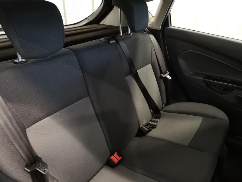 Photo 9 de l'offre de FORD FIESTA 1.4 TDCI 70CH FAP AMBIENTE 5P à 4490€ chez Auto VEC
