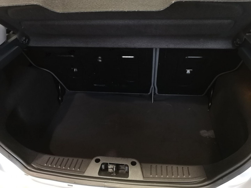 Photo 10 de l'offre de FORD FIESTA 1.4 TDCI 70CH FAP AMBIENTE 5P à 4490€ chez Auto VEC