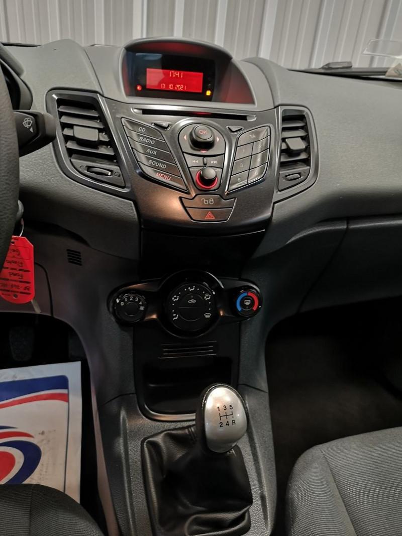 Photo 7 de l'offre de FORD FIESTA 1.4 TDCI 70CH FAP AMBIENTE 5P à 4490€ chez Auto VEC