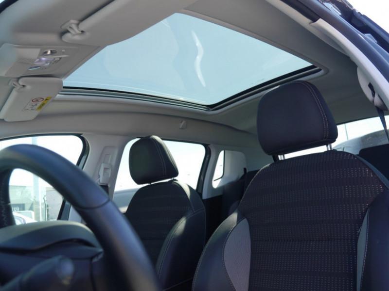 Photo 14 de l'offre de PEUGEOT 2008 1.2 PURETECH 82CH E6.C ALLURE à 13900€ chez Automobiles 25