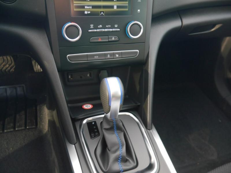 Photo 9 de l'offre de RENAULT MEGANE IV ESTATE 1.5 BLUE DCI 115CH INTENS EDC - 31% à 24480€ chez Automobiles 25