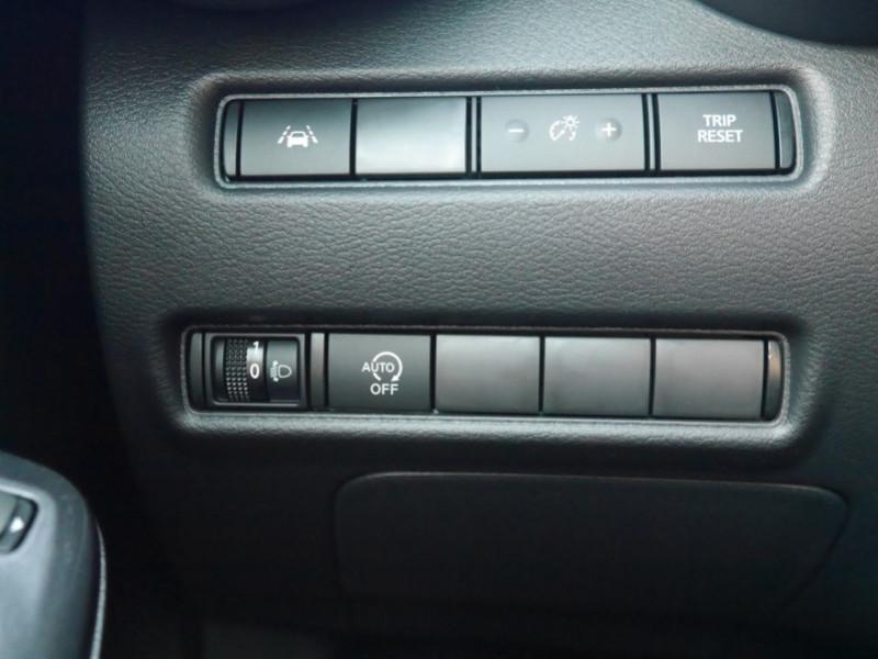 Photo 20 de l'offre de NISSAN JUKE 1.0 DIG-T 117CH N-CONNECTA DCT -16 % à 22995€ chez Automobiles 25