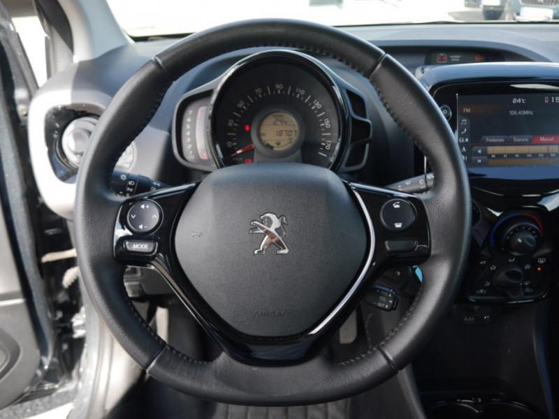 Photo 6 de l'offre de PEUGEOT 108 VTI 72 ALLURE S&S 5P à 10900€ chez Automobiles 25