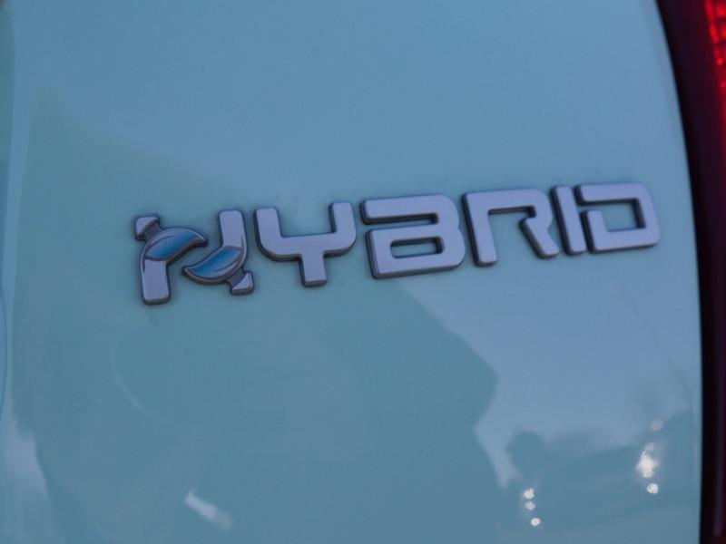 Photo 19 de l'offre de FIAT 500C 1.0 70CH BSG S&S LOUNGE Hybride - 29 % à 14995€ chez Automobiles 25