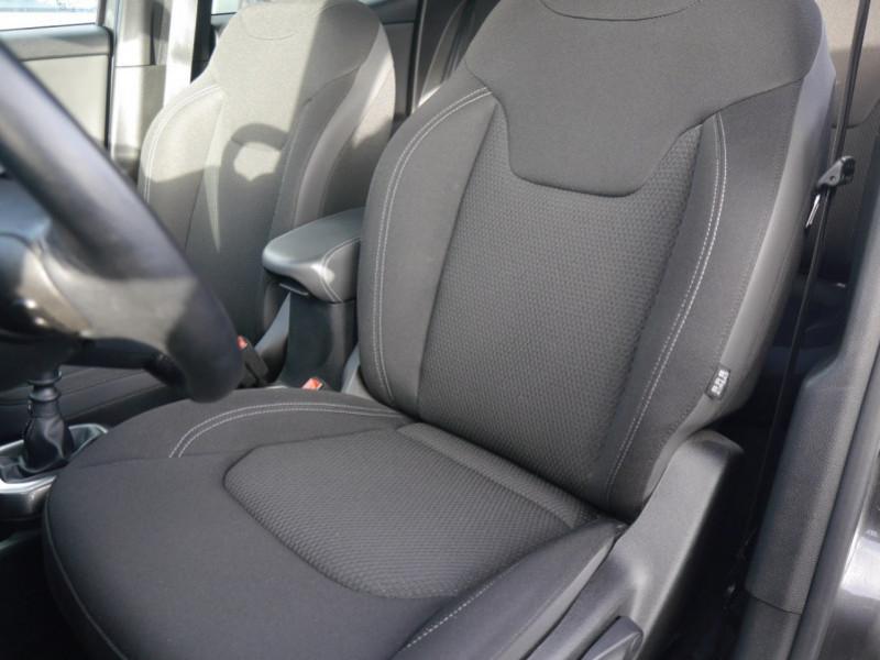Photo 4 de l'offre de JEEP RENEGADE 1.0 GSE T3 120CH LIMITED à 17900€ chez Automobiles 25