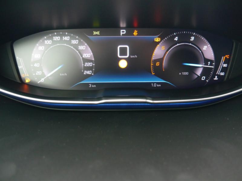 Photo 7 de l'offre de PEUGEOT 3008 1.5 BLUEHDI 130CH S&S ALLURE PACK EAT8 - 20 % à 33995€ chez Automobiles 25