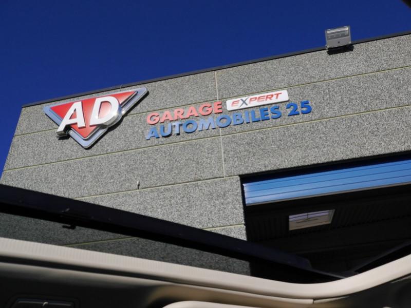 Photo 18 de l'offre de FIAT 500C 1.0 70CH BSG S&S LOUNGE Hybride - 29 % à 14995€ chez Automobiles 25