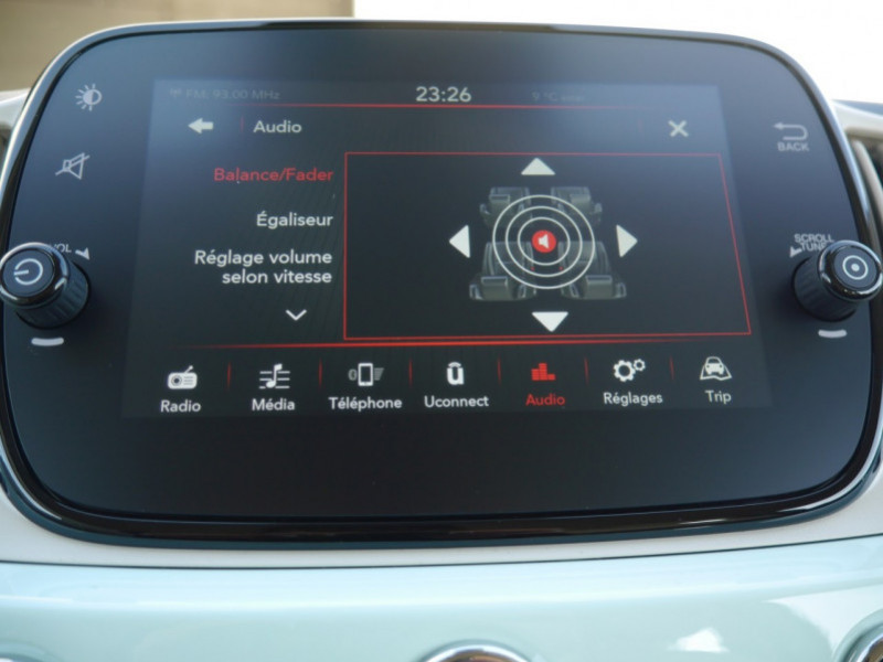 Photo 12 de l'offre de FIAT 500C 1.0 70CH BSG S&S LOUNGE Hybride - 29 % à 14995€ chez Automobiles 25