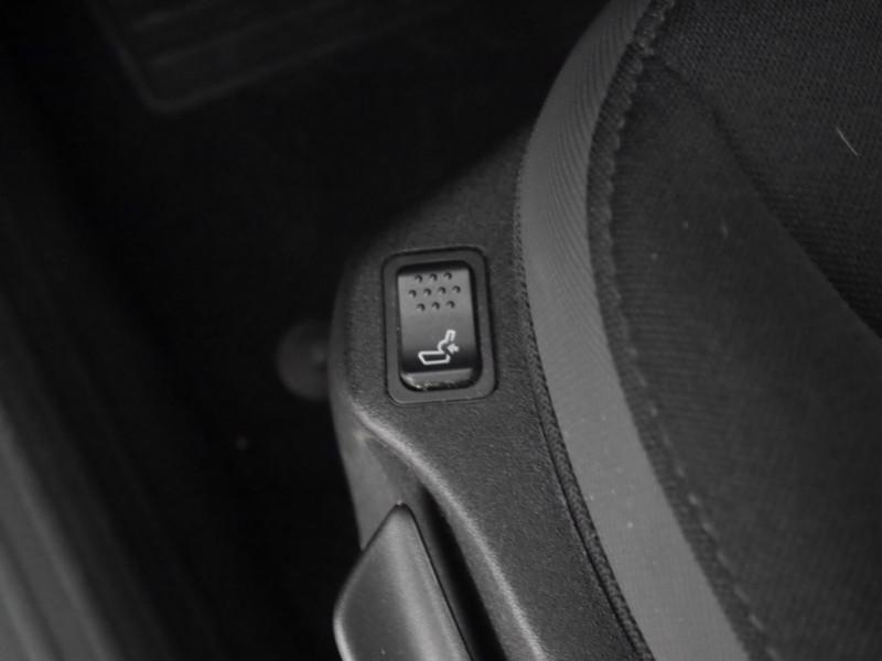 Photo 17 de l'offre de JEEP RENEGADE 1.0 GSE T3 120CH LIMITED à 17900€ chez Automobiles 25