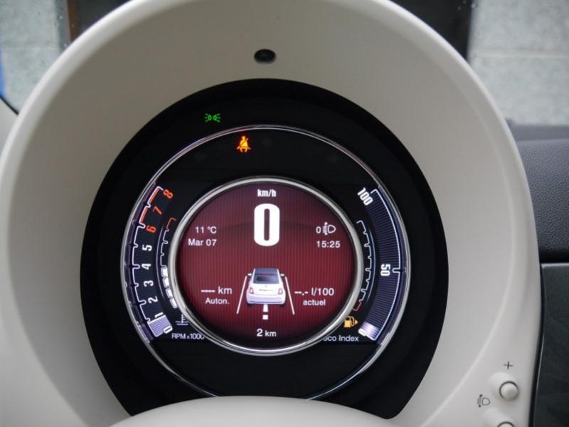 Photo 11 de l'offre de FIAT 500C 1.0 70CH BSG S&S LOUNGE Hybride - 29 % à 14995€ chez Automobiles 25