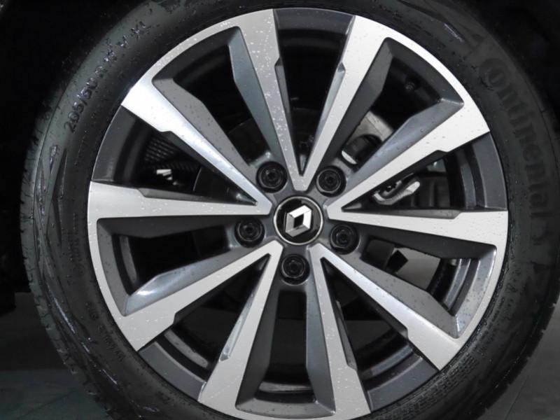 Photo 24 de l'offre de RENAULT MEGANE IV 1.3 TCE 140CH FAP RS LINE - 35% à 21900€ chez Automobiles 25