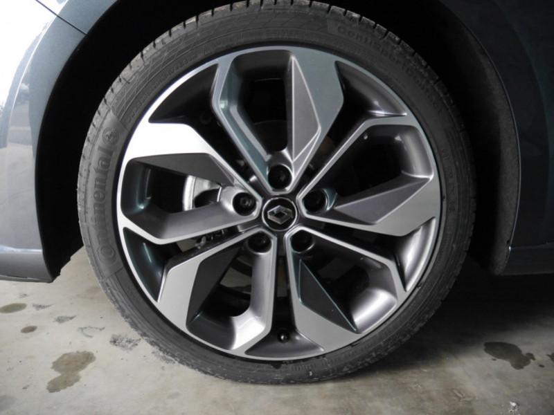 Photo 13 de l'offre de RENAULT MEGANE IV ESTATE 1.5 BLUE DCI 115CH INTENS EDC - 31 % à 24480€ chez Automobiles 25