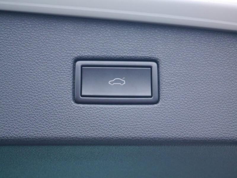 Photo 20 de l'offre de VOLKSWAGEN TIGUAN 1.5 TSI 150CH LIFE DSG7 - 21 % à 32995€ chez Automobiles 25