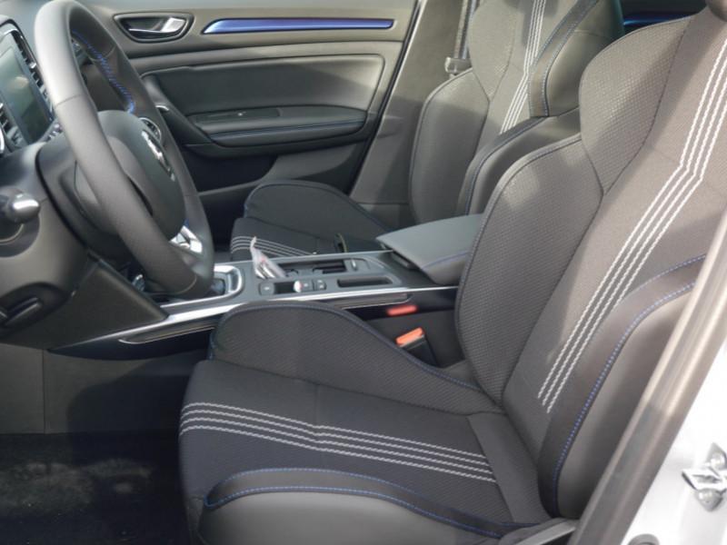 Photo 3 de l'offre de RENAULT MEGANE IV ESTATE 1.5 BLUE DCI 115CH INTENS EDC - 31 % à 24480€ chez Automobiles 25