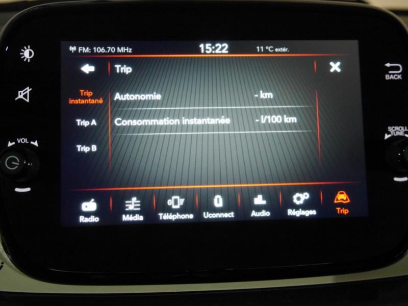 Photo 9 de l'offre de FIAT 500C 1.0 70CH BSG S&S LOUNGE Hybride - 29 % à 14995€ chez Automobiles 25
