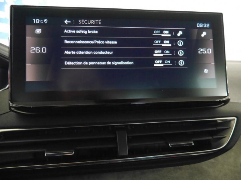 Photo 12 de l'offre de PEUGEOT 3008 1.5 BLUEHDI 130CH S&S GT EAT8 - 17 % à 37495€ chez Automobiles 25