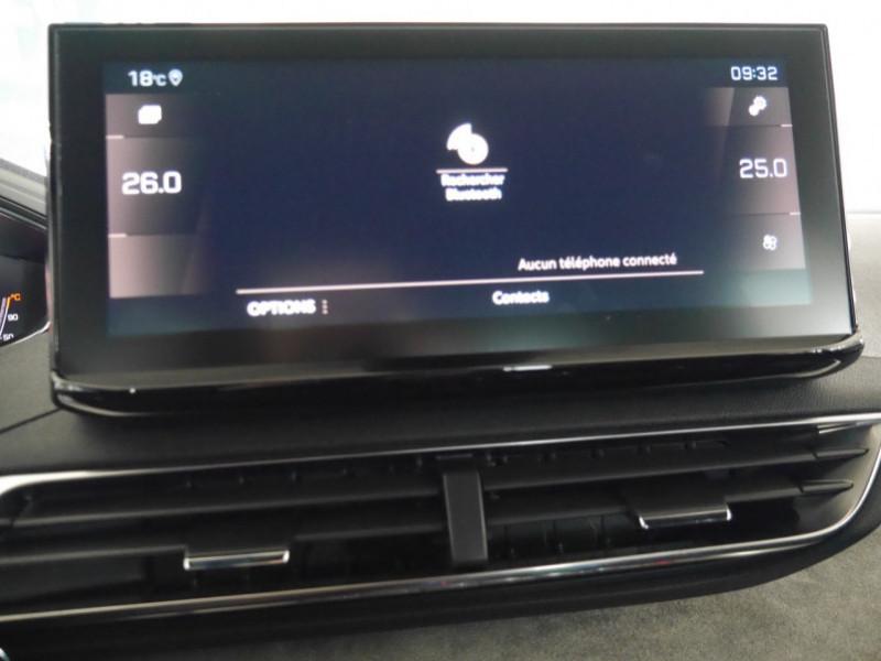 Photo 13 de l'offre de PEUGEOT 3008 1.5 BLUEHDI 130CH S&S GT EAT8 - 17 % à 37495€ chez Automobiles 25