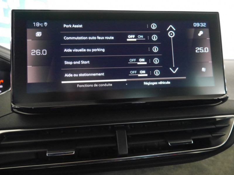 Photo 11 de l'offre de PEUGEOT 3008 1.5 BLUEHDI 130CH S&S GT EAT8 - 16 % à 37695€ chez Automobiles 25