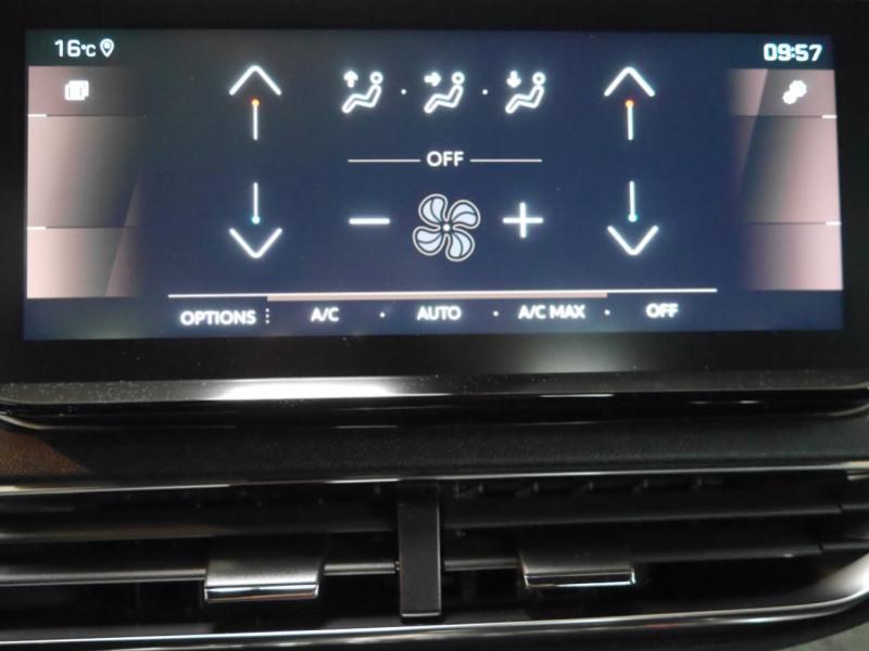 Photo 10 de l'offre de PEUGEOT 5008 2.0 BLUEHDI 180CH S&S GT PACK EAT8 - 14 % à 42995€ chez Automobiles 25