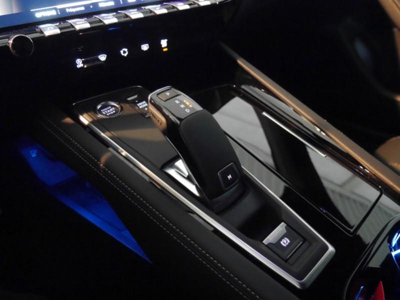 Photo 21 de l'offre de PEUGEOT 508 SW BLUEHDI 130CH S&S GT EAT8 -27% à 32995€ chez Automobiles 25
