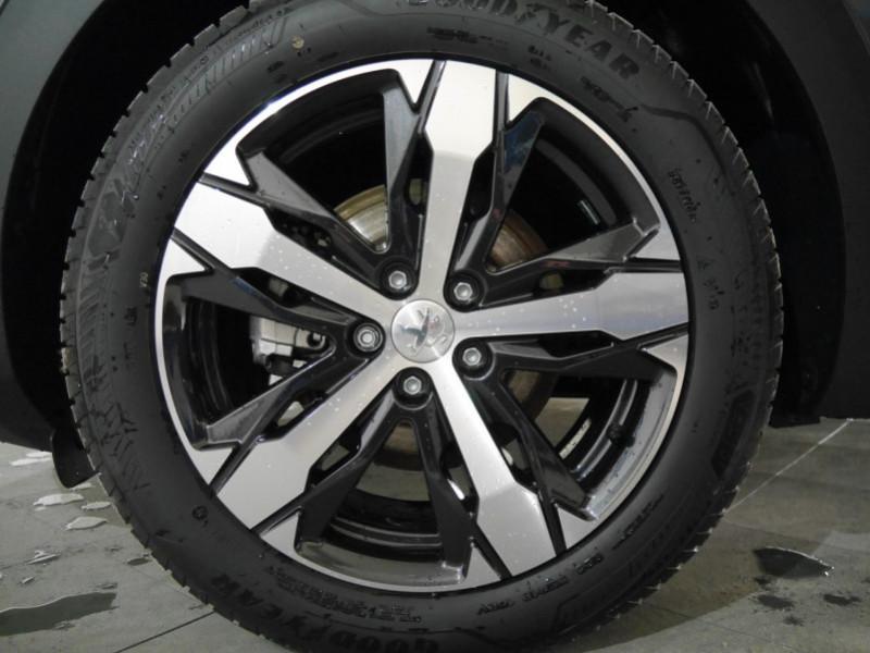 Photo 26 de l'offre de PEUGEOT 5008 2.0 BLUEHDI 180CH S&S GT PACK EAT8 - 14 % à 42995€ chez Automobiles 25