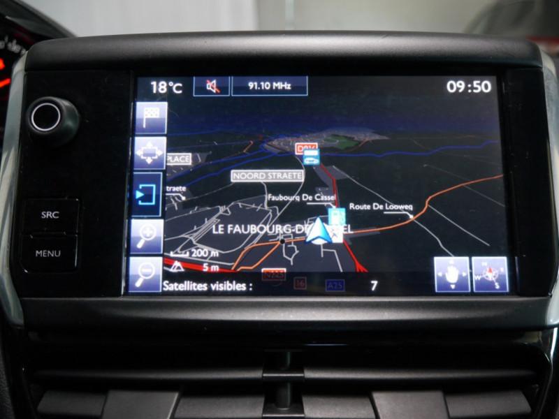 Photo 9 de l'offre de PEUGEOT 208 1.6 E-HDI FAP ACTIVE 4CV 5P à 9400€ chez Automobiles 25