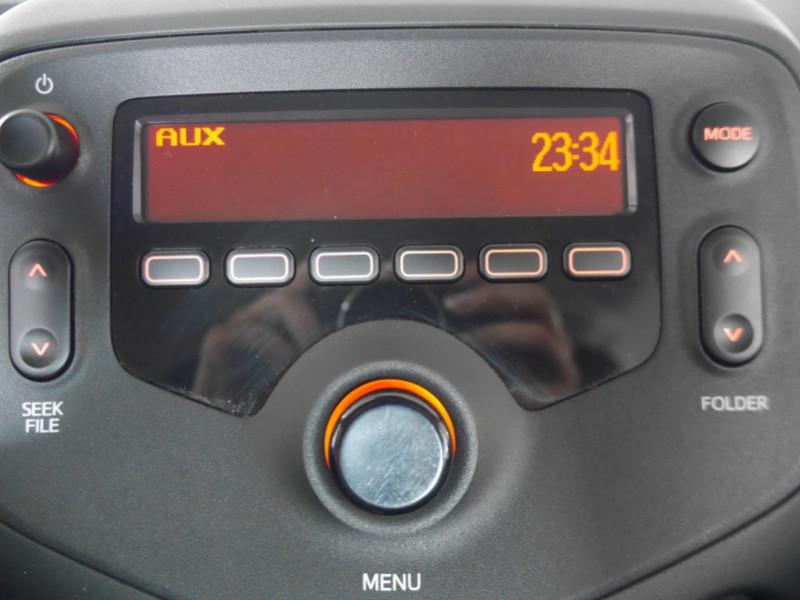 Photo 9 de l'offre de PEUGEOT 108 VTI 72 LIKE S&S 85G 3P à 8900€ chez Automobiles 25