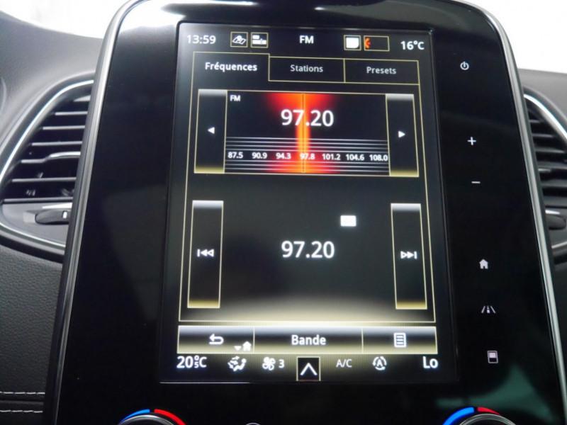 Photo 13 de l'offre de RENAULT SCENIC IV 1.7 BLUE DCI 150CH INITIALE PARIS EDC -31% à 28995€ chez Automobiles 25