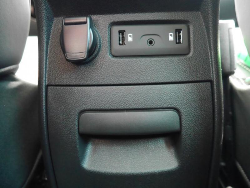 Photo 29 de l'offre de RENAULT SCENIC IV 1.7 BLUE DCI 150CH INITIALE PARIS EDC -31% à 28995€ chez Automobiles 25