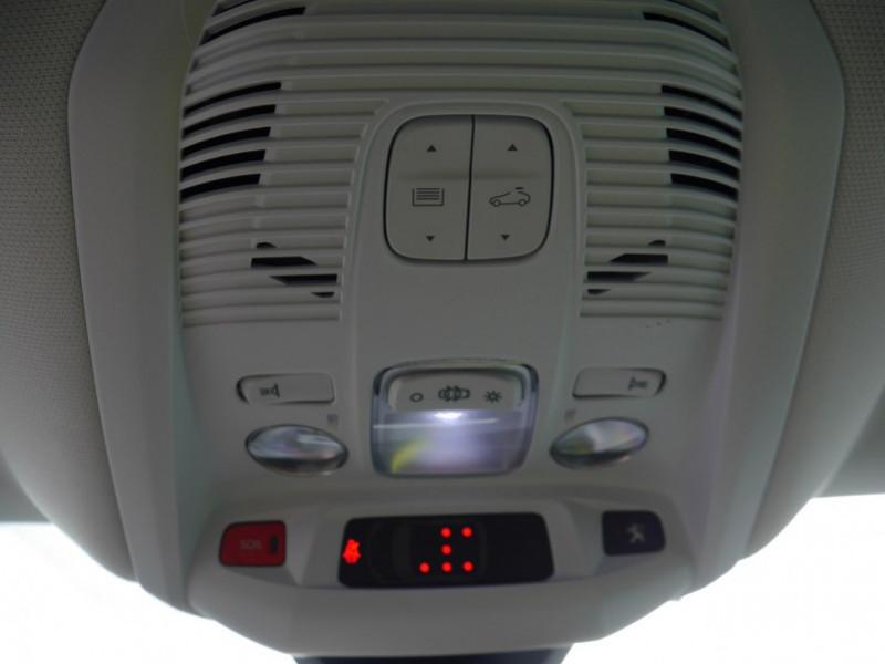 Photo 24 de l'offre de PEUGEOT 5008 1.5 BLUEHDI 130CH S&S ALLURE EAT8 à 32580€ chez Automobiles 25
