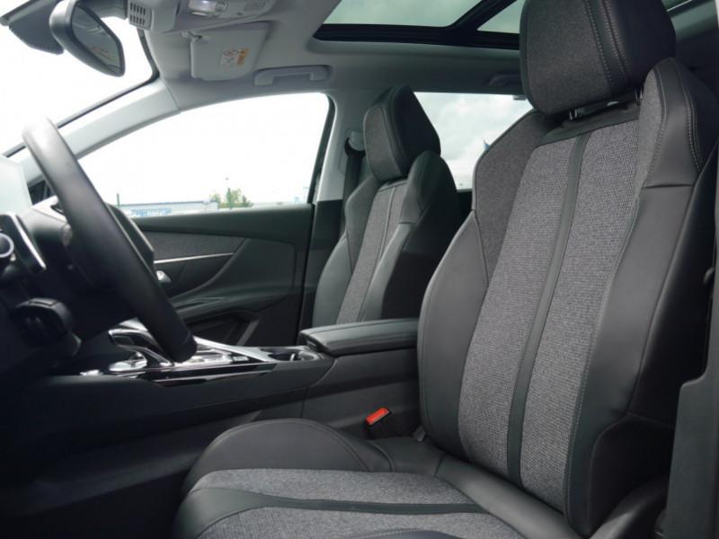 Photo 4 de l'offre de PEUGEOT 5008 1.5 BLUEHDI 130CH S&S ALLURE EAT8 à 32580€ chez Automobiles 25