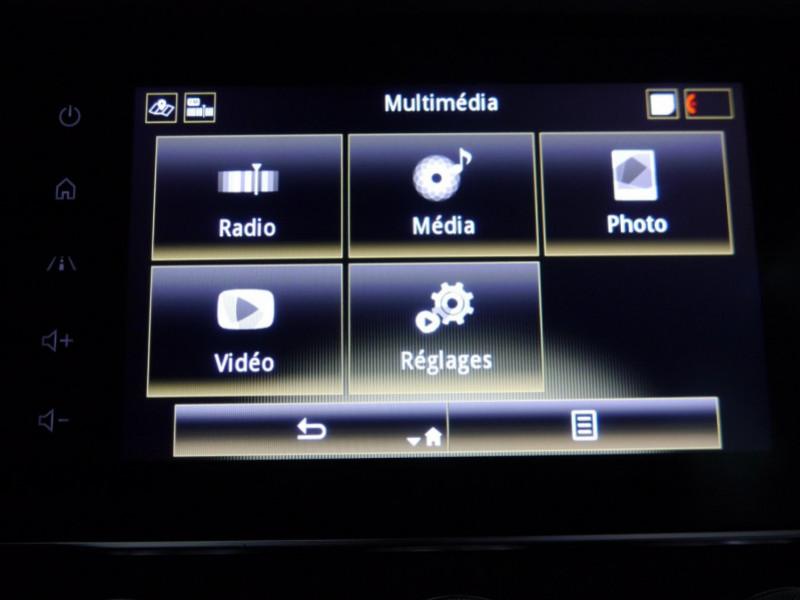 Photo 11 de l'offre de RENAULT KADJAR 1.3 TCE 140CH FAP INTENS EDC - 33 % à 24495€ chez Automobiles 25