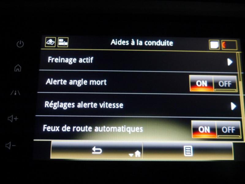 Photo 17 de l'offre de RENAULT KADJAR 1.3 TCE 140CH FAP INTENS EDC - 33 % à 24495€ chez Automobiles 25