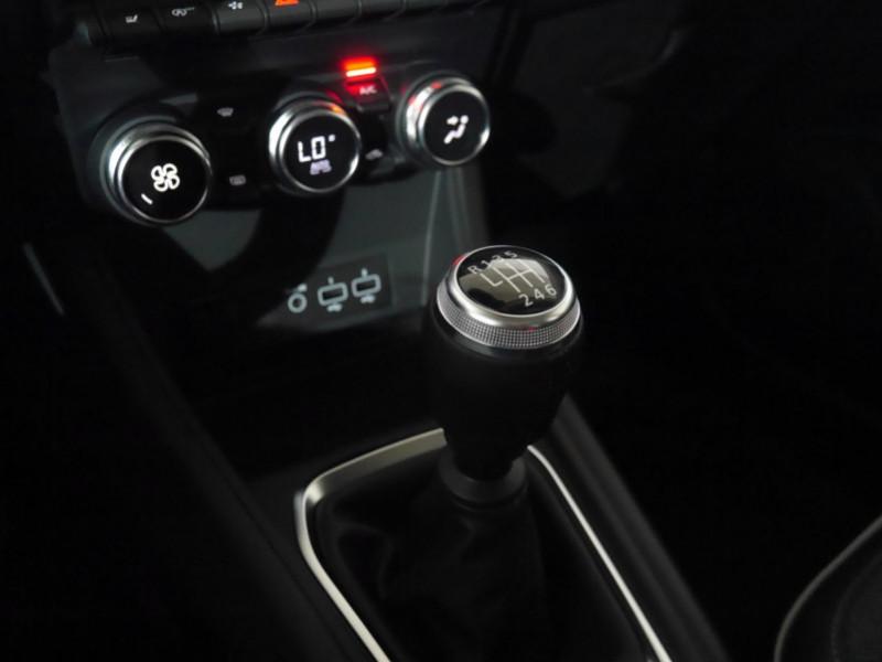 Photo 8 de l'offre de RENAULT CAPTUR II 1.0 TCE 90CH INTENS - 10 % à 23995€ chez Automobiles 25