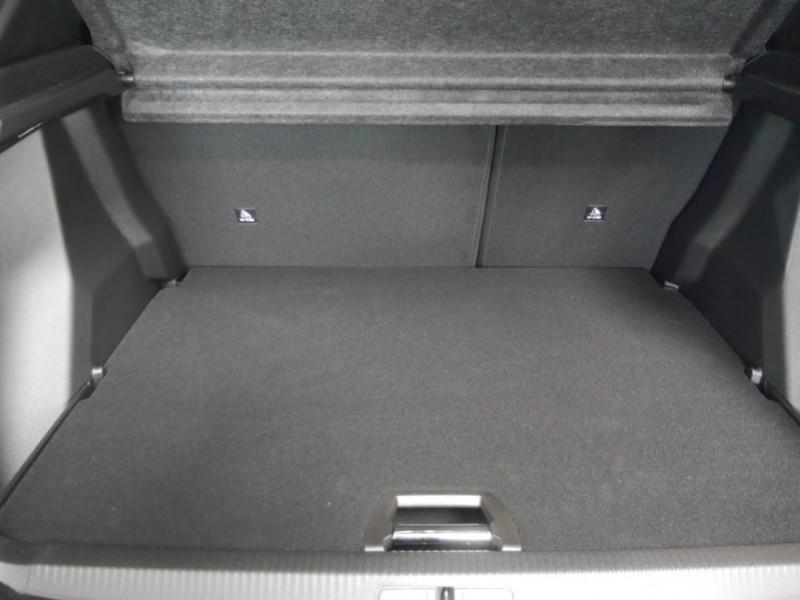 Photo 20 de l'offre de PEUGEOT 2008 1.2 PURETECH 130CH S&S ALLURE PACK EAT8 - 9 % à 26495€ chez Automobiles 25