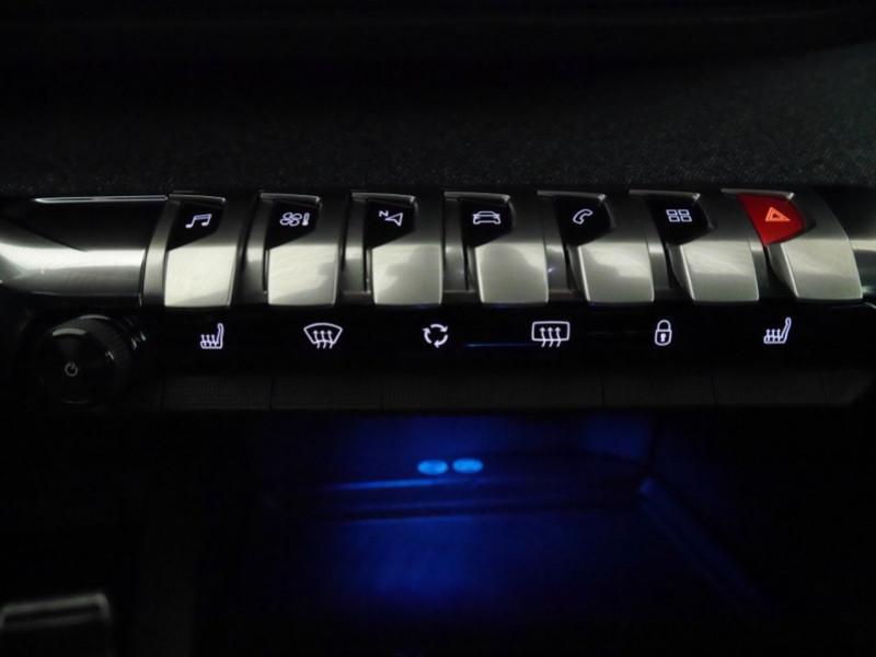 Photo 20 de l'offre de PEUGEOT 3008 1.5 BLUEHDI 130CH E6.C GT LINE S&S EAT8 à 32900€ chez Automobiles 25