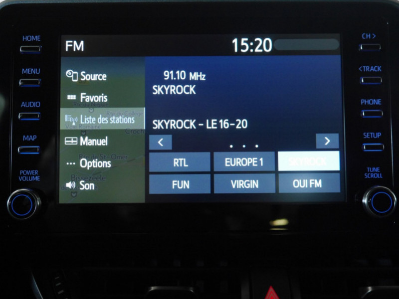 Photo 10 de l'offre de TOYOTA C-HR 184H EDITION 2WD E-CVT MY20 - 25 % à 27495€ chez Automobiles 25